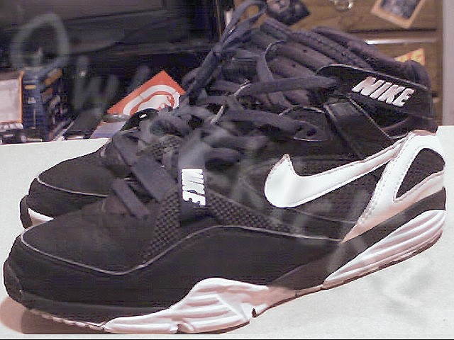 1991 NIKE AIR TRAINER MAX (BO JACKSON)